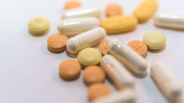 ビタミンEが不足すると起こる症状とは?摂取基準はどれくらい?