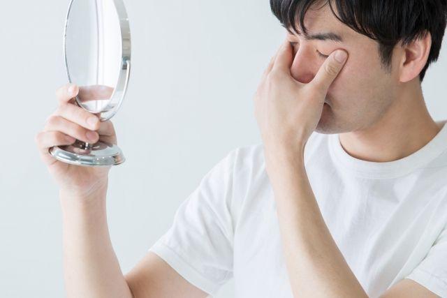アスタキサンチンは目に効果的?研究結果を踏まえて解説!