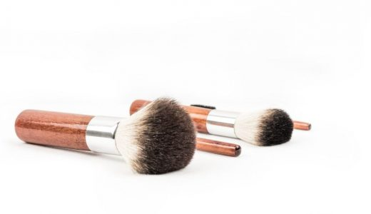 アスタキサンチンの美肌・美白効果とは?シミやニキビへの効用とは?